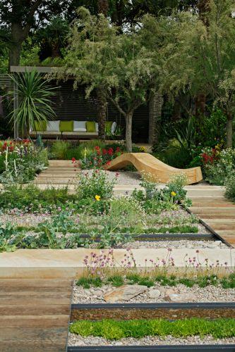 O jardim patrocinado pela fundação Cancer Research UK foi criado por Robert Myers e tem como tema a sobrevivência. O projeto conquistou uma medalha vermeil na categoria