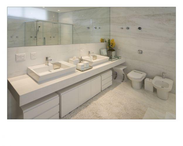 Inspirese em 27 projetos para banheiros de sonho  Casa e Decoração  UOL Mu -> Banheiros Planejados Em Porto Alegre