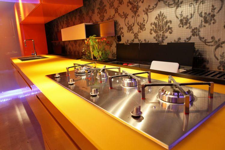 Cozinha assinada por Jane Rocha e Laryssa Rocha para a 18ª edição da Casa Cor Paraná, aberta ao público de 10 de junho a 19 de julho de 2011, em Curitiba
