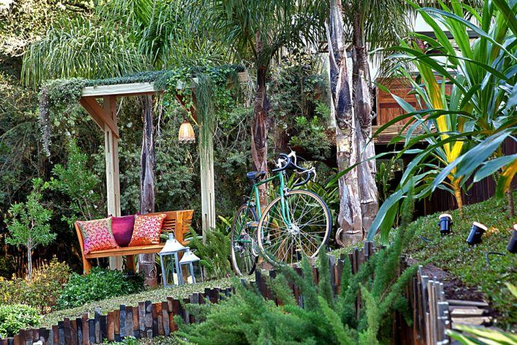 Jardim criado por Rosângela Sabbag para a 18ª edição da Casa Cor Paraná, aberta ao público de 10 de junho a 19 de julho de 2011, em Curitiba