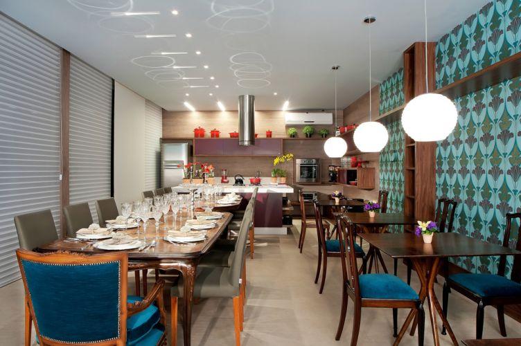 A arquiteta e urbanista Simone Borges assina o projeto do Espaço do Chef, ambiente de 52 m² da Casa Cor Goiás. O evento está em sua 15ª edição e homenageia, este ano, os 25 anos da Casa Cor (geral)
