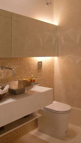 uol decoracao lavabo:Neste lavabo da arquiteta e designer Denise Barretto, há uma bancada
