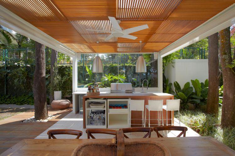 decoracao de interiores sao joao da madeira:, em São Paulo, projeto de Monica Drucker, o gazebo da área de