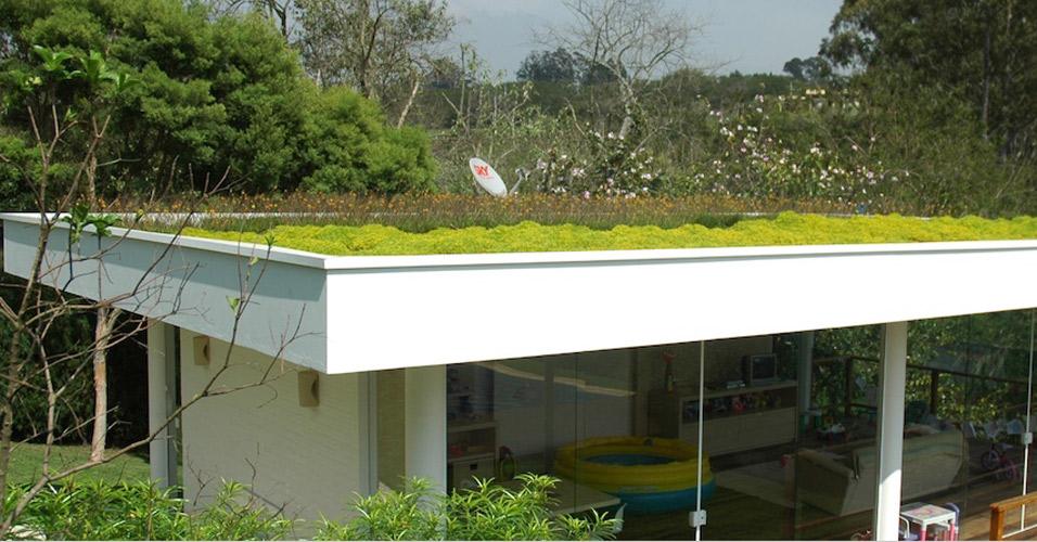 Telhado verde veja projetos brasileiros e internacionais  Casa e