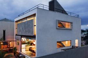 Projeto usa verticalidade para multiplicar espaços - Nelson Kon / UOL
