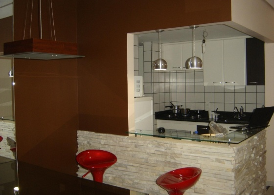 Foto da sala do internauta Christian Ferreira, que pede ajuda para decorar seu apartamento