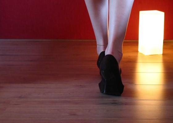 O isolamento do piso deve ser feito caso o ru�do venha de baixo ou quando voc� causa o barulho