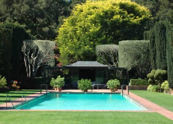 Quero construir uma piscina em casa por onde devo começar?  blogs e