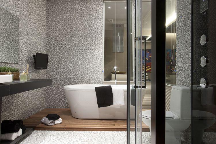 Banheiros inspiradores e diferentes são destaques das Casas Cor e -> Revestimento De Banheiro Com Banheira