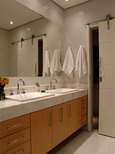 Inspirese em 27 projetos para banheiros de sonho  Casa e Decoração  UOL Mu -> Banheiros Medios Decorados