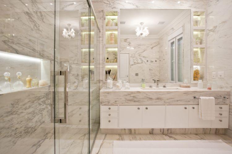 Inspirese em 27 projetos para banheiros de sonho  Casa e Decoração  UOL Mu -> Banheiro Feminino Moderno