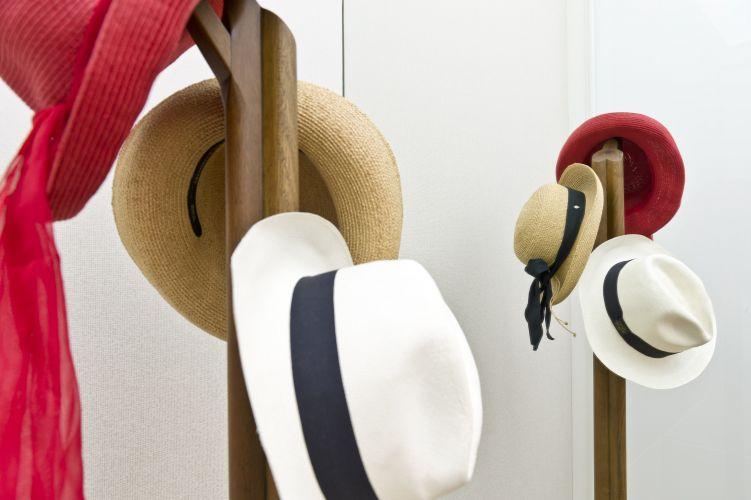 Dona Marisa Letícia, ex-primeira-dama do Brasil, cedeu dois de seus chapéus e um panamá de Lula para a composição do closet da Suíte Presidencial da Casa Hotel. O ambiente homenageia o ex-presidente Lula e a ex-primeira-dama. A exposição de arquitetura e design de interiores fica aberta ao público de 24 de maio a 12 de julho em São Paulo