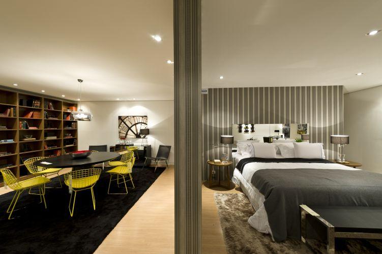 Com 74 m², o Loft Urbano do arquiteto Fabio Morozini um dos quatro lofts da mostra Decora Etna. A exposição conta ainda com 22 ambientes decorados e fica em cartaz de 1º de junho a 1º de setembro, em São Paulo
