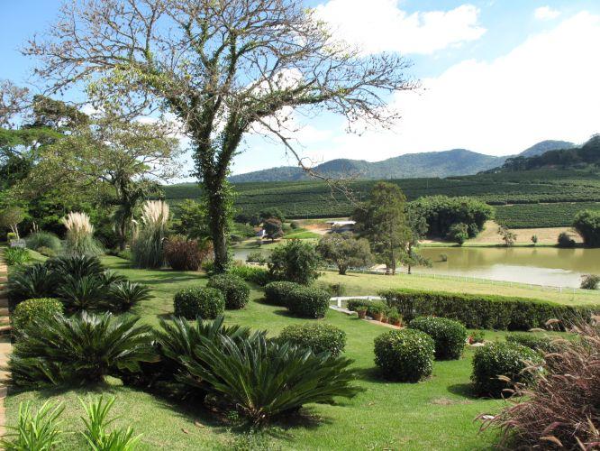 Gilberto Elkis cria o paisagismo de fazenda em Bragança Paulista (SP