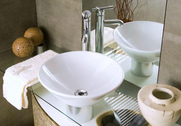 Banheiros confira uma seleção de cubas, vasos sanitários e bidês  Casa e De -> Cuba Para Banheiro De Apoio Thema Preta Incepa