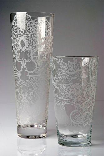 À venda na Mix&Match, os vasos de cristal austríaco gravados à mão por Eduardo de Castro são exclusivos. Preço R$ 540 (baixo); R$ 780 (alto)www.mixandmatch.com.brPreços consultados em abril de 2011 e sujeitos a alterações