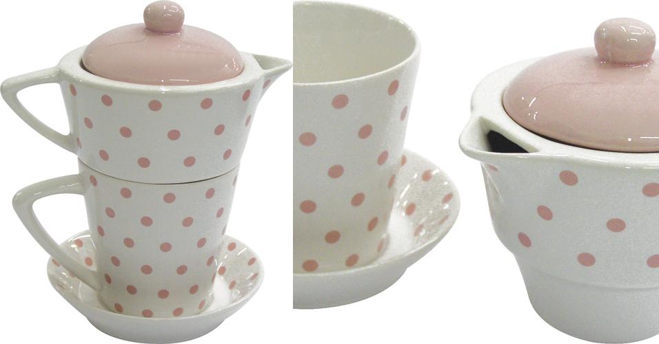 Jogo de chá com chaleira, xícara e pires empilháveis da Rojemac para a Dayan Casa. O kit tem cores suaves e é produzido em cerâmica. Preço: R$ 12www.rojemac.com.brPreços consultados em abril de 2011 e sujeitos a alterações