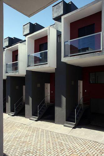 A proposta do arquiteto era criar habitação de baixo custo com projeto digno, criar algo inovador e ampliar as fronteiras desse tipo de obra. Um dos recursos para isso foi o exaustivo detalhamento do projeto.