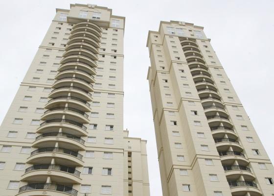 Condomínio de alto padrão em São Bernardo do Campo (SP) (11/06/2009)