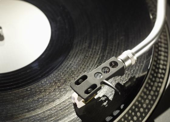 Ao comprar sua aparelhagem de som, lembre-se que logo vai surgir algo mais moderno