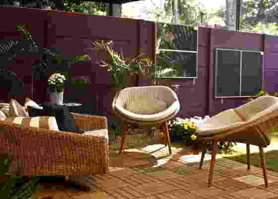 O ambiente Jardim Autossustentável foi projetado pelas paisagistas Marli Tessarini de Carvalho e Sandra Ramos, tem placas solares que geram energia para iluminação - Shin Shikuma/UOL