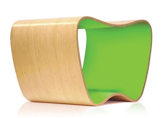 Banco Peque-Peque, peça do designer Marko Brajovic fabricada com lâminas de bambu - Divulgação