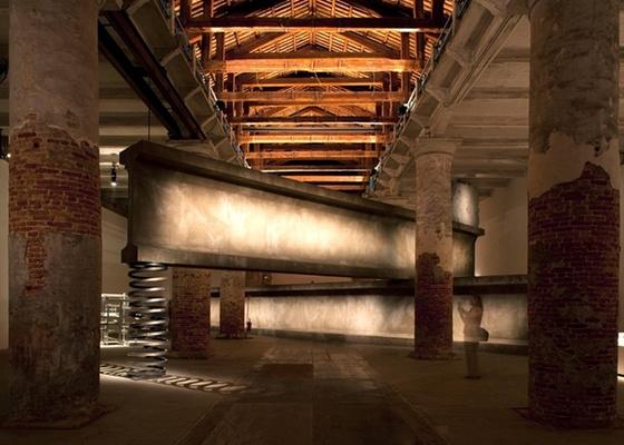 """""""Balancing Act"""", trabalho do espanhol Anton Garcia Abril em colaboração com Ensemble Studio, apresentado na 12ª Bienal Internacional de Arquitetura de Veneza - Leonardo Finotti / UOL"""