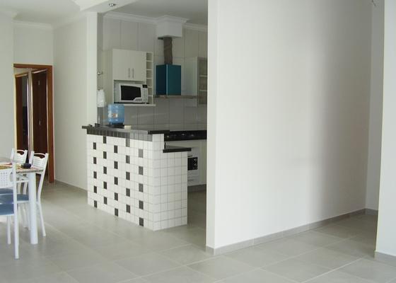 Foto do apartamento da internatuta Sara Pedrosa, que pede ajuda para escolher a mobília