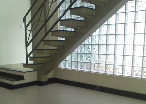 Escada da internauta Cecília Carvalho, que enviou a imagem para a coluna Tire Suas Dúvidas