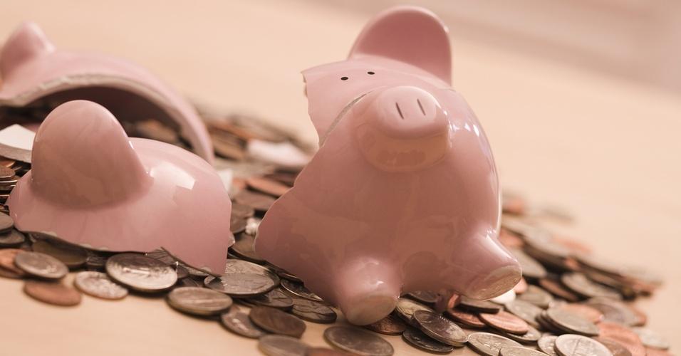 cofre, porquinho, economia, finanças, poupança, dinheiro