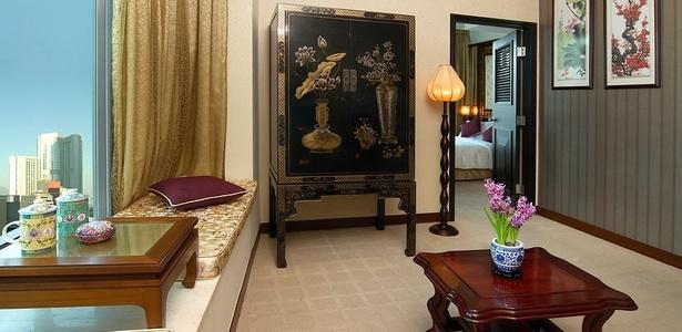"""Um dos quartos do hotel Lan Kwai Fong, que recebeu prêmios como o de Hotel de Estilo da """"Vogue"""" China, em 2010, e o World Travel Awards como hotel boutique líder da Ásia, em 2009 - Divulgação"""