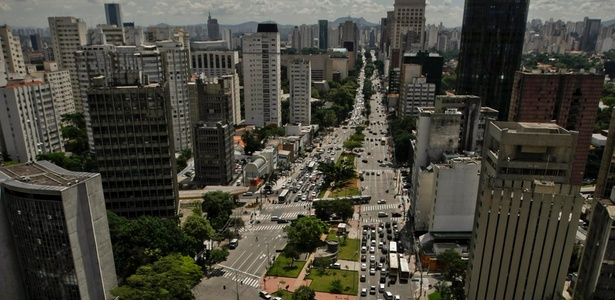 Vista aérea da Avenida Brigadeira Faria Lima, em São Paulo. A Operação Urbana Faria Lima, que incorporou o prolongamento da avenida, foi uma da mais bem sucedidas da cidade - Adriano Vizoni / Folhapress