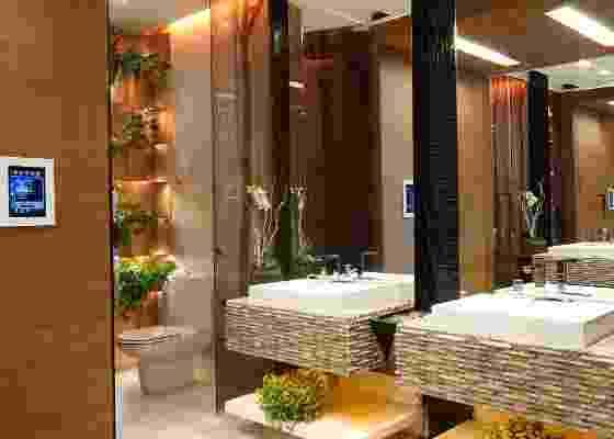 Banheiro Público Unissex da Casa Cor 2011, assinado pela arquiteta Mayra Lopes (24/05/2011) - Marco Pinto/UOL