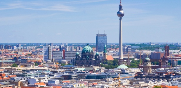 """Berlim tem """"boom imobiliário"""" após a reunificação. Imagem mostra vista da capital alemã - Getty Images"""