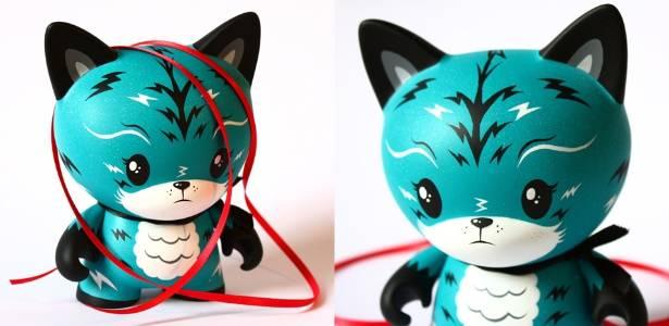"""Toy art da série """"dunny"""" customizado pelo britânico Chris Booker, da Squink! - Divulgação"""