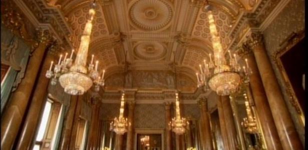 Documentário tem mostra inédita de quartos exóticos do Palácio de Buckingham  - Reprodução/BBC