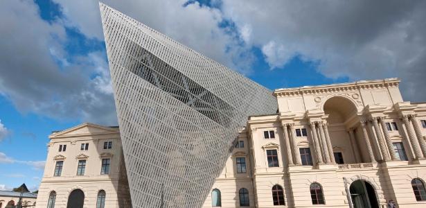 Museu de História Militar , em Dresden, é reaberto ao público após projeto de reforma executado por Daniel Libeskind - Jens Meyer/AFP