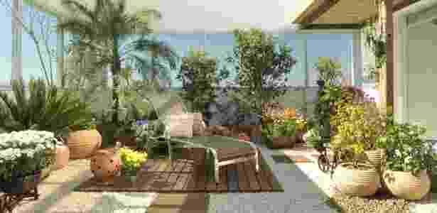 Paisagismo criado por Ivani Kubo combina plantas aromáticas e ornamentais - André Fortes/ Divulgação