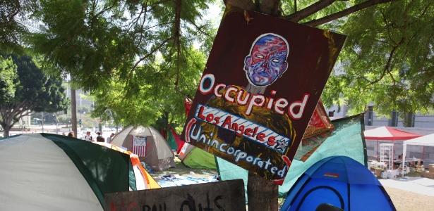 """Movimento """"Occupy Wall Street"""" adotou identidade de fácil assimilação entre as pessoas - Alice Rawsthorn"""